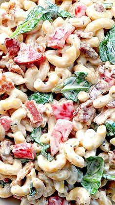 BLT Macaroni Salad Recipe ~ A tasty macaroni salad with all the flavors of a BLT.