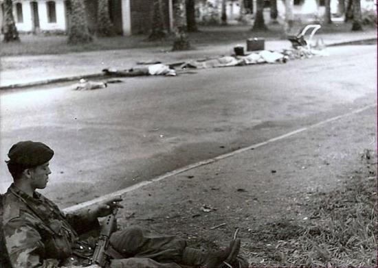 "Belgian para-commando during ""Red Dragon"" 1964."