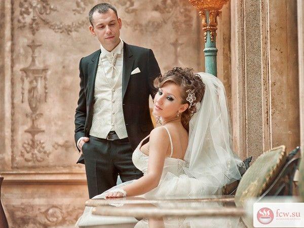 Плюсы скромного свадебного торжества для самых близких https://www.fcw.su/blogs/vsjakaja-vsjachina/plyusy-skromnogo-svadebnogo-torzhestva-dlja-samyh-blizkih.html  В последние годы у людей начало формироваться понимание, что свадьба должна быть по средствам, не обязательно пышной, да и вообще, многие уже отказались от классической идеи этого праздника. И действительно, зачем тратить огромные суммы денег за один день, ведь можно сделать простую церемонию и приятный ужин в ресторане с…
