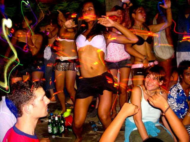 Koh Phangan Full Moon Party! What a blast that was!!!