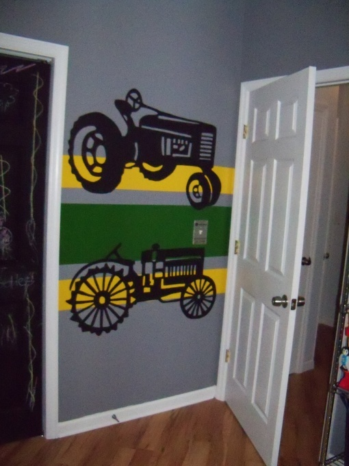 Boys Tractor Room   Like colors and stripes