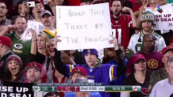 A Vikings fan had a funny sign at the Packers-Cardinals game. But he forgot to run spellcheck.
