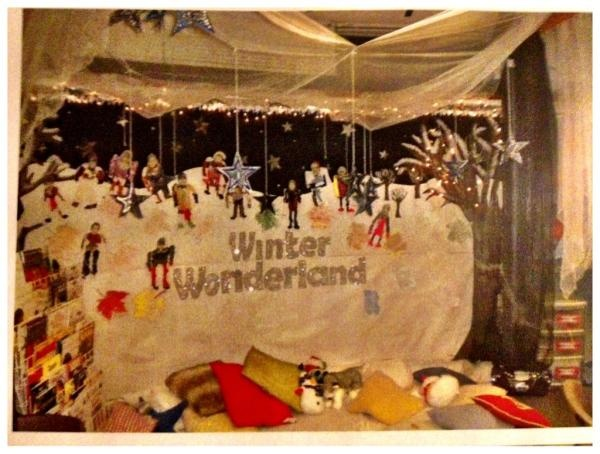 Winter Wonderland,a quiet reading area with a rotating theme...and fairy lights which j love!! Mrs C :)