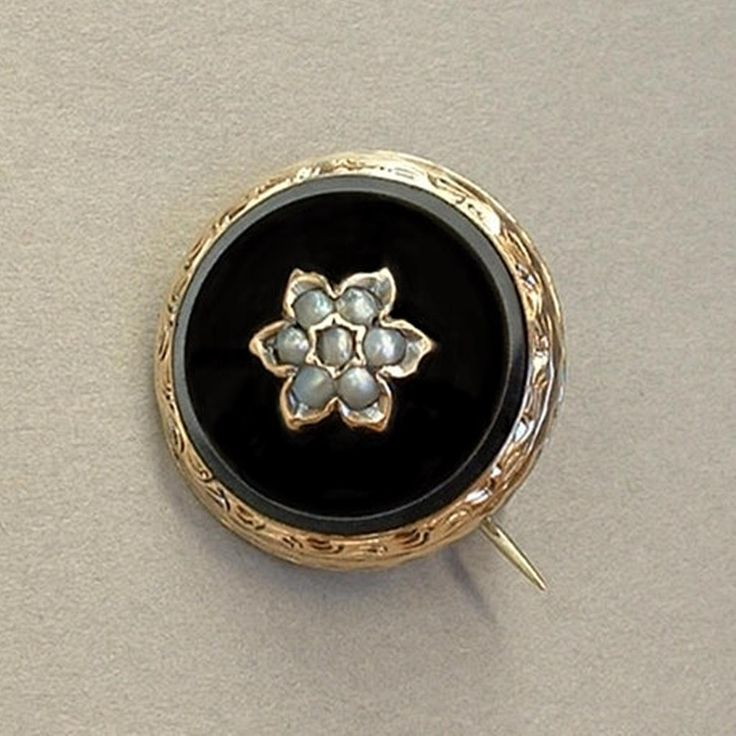 Ivy Scroll Bands: 14K GOLD Pearl Antique VICTORIAN Mourning BROOCH Black