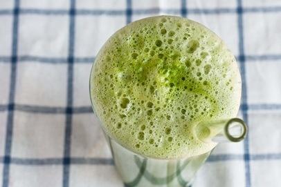 apple cucumber lemon spinach juice