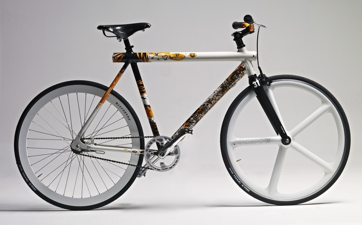 Art Frames - designed by Gilliom for Vanmoof, in cooperation with Fixerati - (more info : wesley@vanmoof.com)