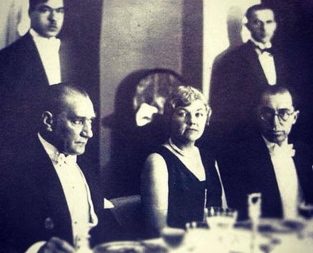 Türkçü-Turancı Atatürk