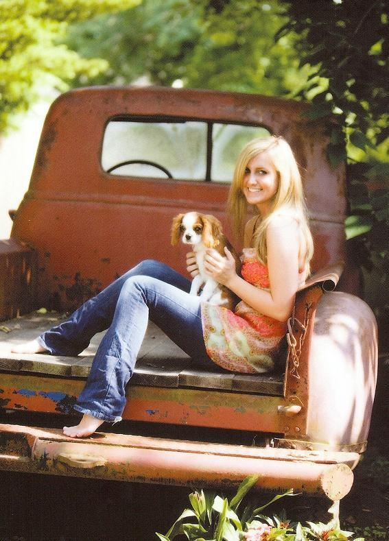 ideas for senior pictures with out the dog lol                                                                                                                                                                                 More