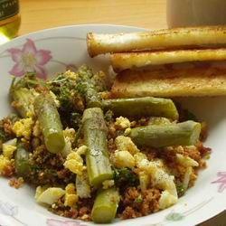 Egy finom Spárga reggelire ebédre vagy vacsorára? Spárga reggelire Receptek a Mindmegette.hu Recept gyűjteményében!