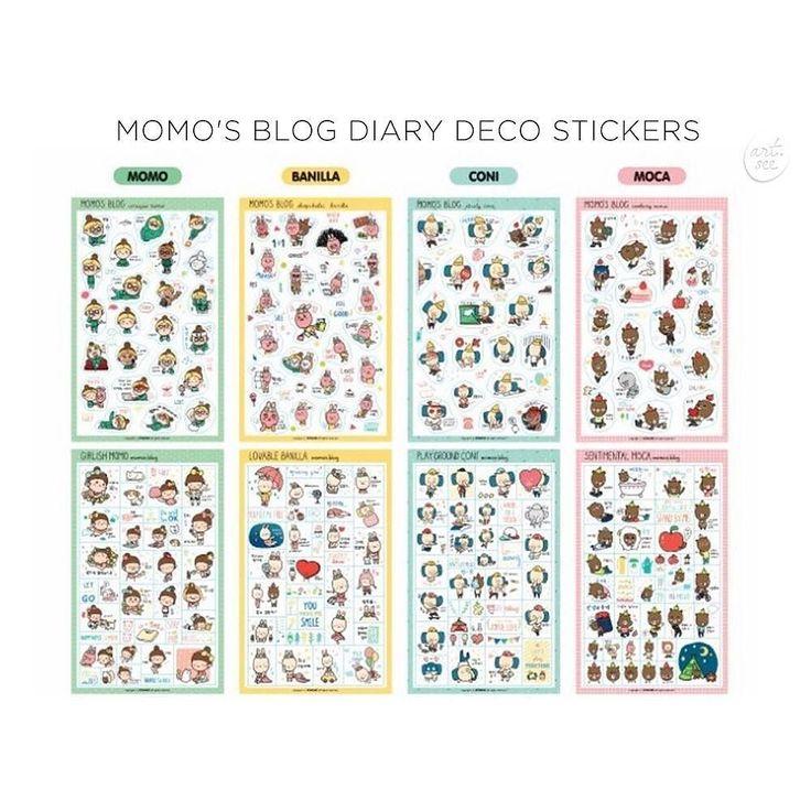 Momo's Blog Diary Deco Stickers  Stiker dekorasi dengan karakter Momo si gadis lucu beserta ketiga temannya Coni si gajah mini Banilla si kelinci yang hobi dandan dan Moca si beruang coklat. Cocok untuk mengekspresikan aktivitas dan mood kamu sehari-hari.  Ukuran: 10 x 16 cm Isi 8 lembar. Bahan plastik pvc permukaan mengkilat (glossy) dan berdasar transparan. ------------------------------------------------- Harga : 21.000 ------------------------------------------------- FORMAT ORDER  Nama…