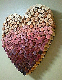 Oh! I just love recycling! This is truly beautiful wine art!
