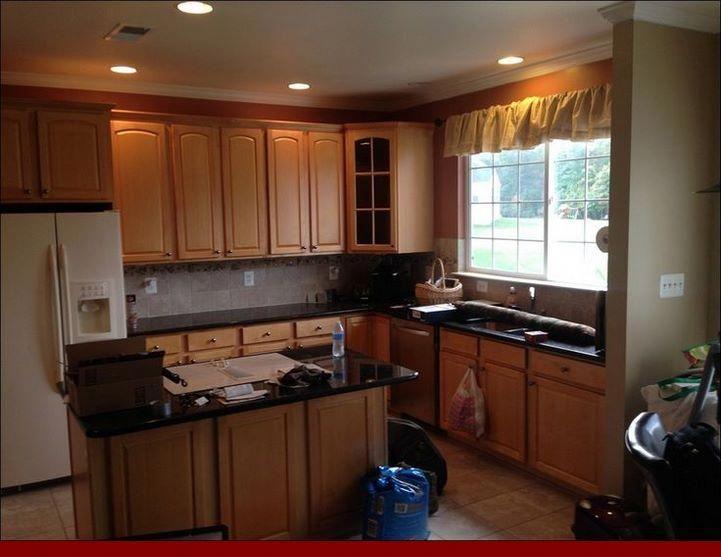 Pricing On Oak Cabinets And Green Countertops Oakkitchencabinets Cabinets Orange Kitchen Walls Kitchen Remodel Design Functional Kitchen Design