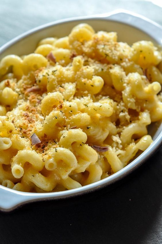 Longhorn Steakhouse Mac and Cheese from CopyKat.com
