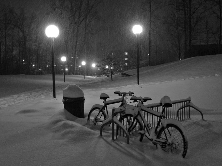 A Snowy Iowa Bicycle Commute -