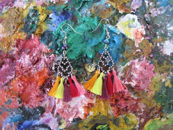 Boucles d'oreilles chandeliers multicolores par MysteriousCircuss