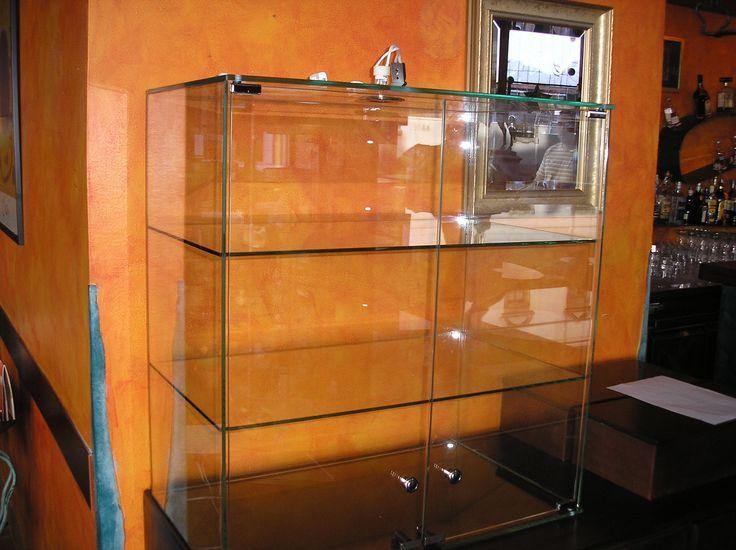 Bármilyen üvegesmunkával kapcsolatban hívjon minket bizalommal.  http://www.transglass.hu/