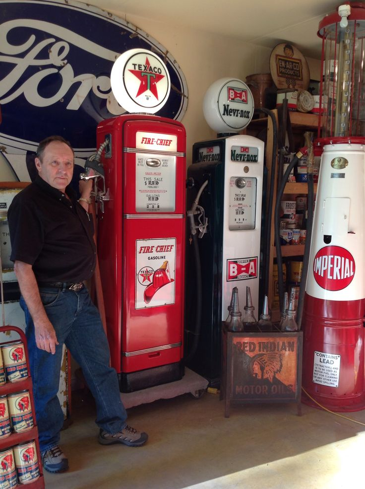 1452 best images about old gas pumps on pinterest ghost towns the future and technology. Black Bedroom Furniture Sets. Home Design Ideas