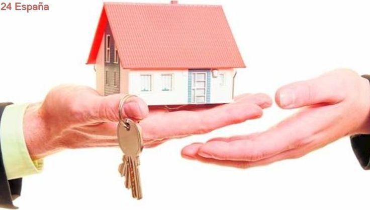 ¿Es mejor dejar mi piso en exclusiva o firmar con varias agencias inmobiliarias?