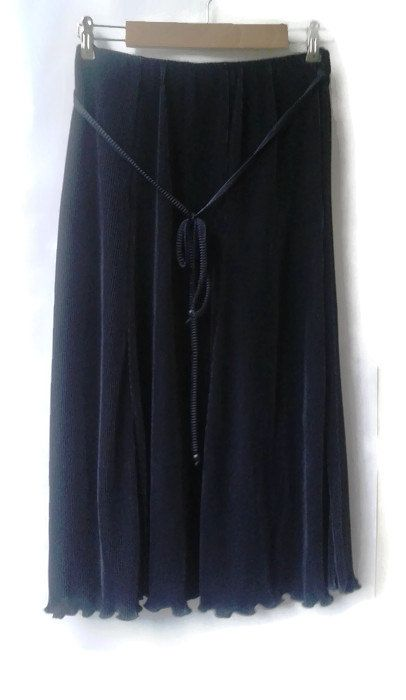 vintage 80s SKIRT Pleated Black Silky deLuxe a-lined  1980s Womens Pleated SKIRT  Elasticated waist VINTAGE Skirt Small Medium S M by VirtageVintage on Etsy