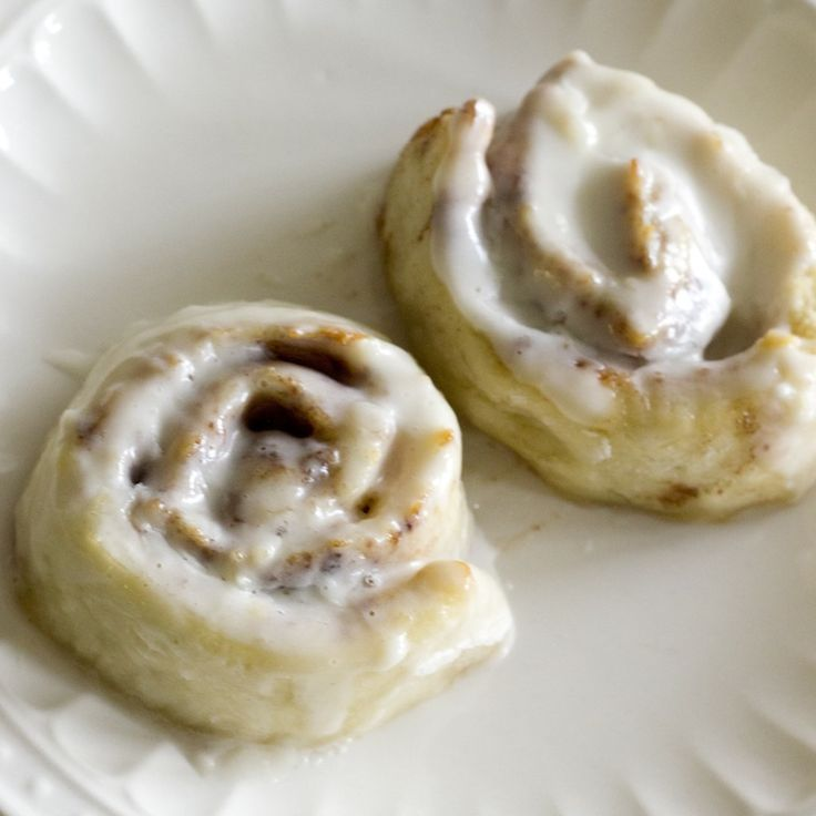 Homemade gluten free cinnamon rolls. No one will be able to tell they're gluten free! | Hello Gluten Free