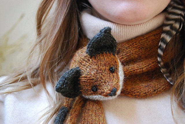 Knitting Pattern For Fox Scarf : mr. fox stole my heart KNITTING PATTERN