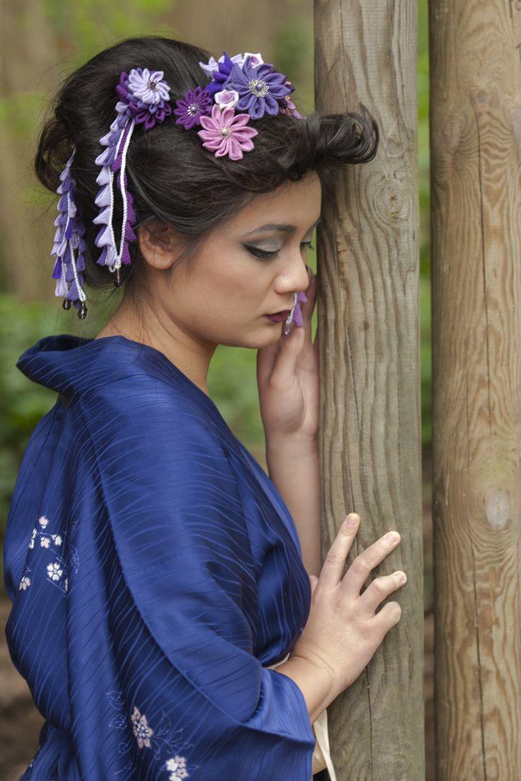 Pic à cheveux Kanzashi pétales de fleurs dangles camaïeu de violet