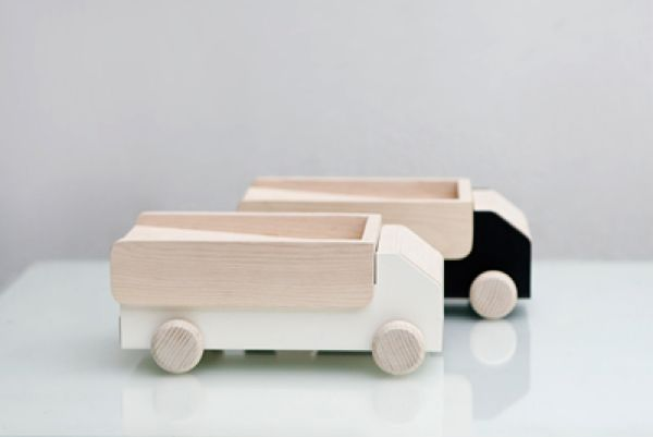 Rafa-kids : Wood and cement modern accessories from Thinkk-studio