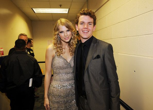 Taylor Swift and brother Austin Swift attend the 2009 CMT Music Awards at the Sommet Center on June 16, 2009 in Nashville, Tennessee.
