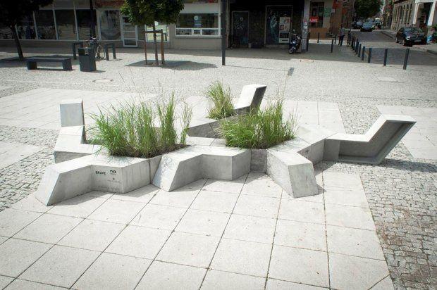 Zdjęcie numer 1 w galerii - Meble miejskie po nowemu. Design z betonu