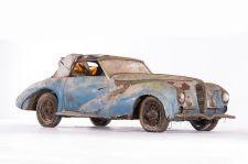 Delahaye 135 M cabriolet Faget-Varnet - 1948. Artcurial Motorcars, Rétromobile 2015, Vente N° 2651 (Collection Baillon) - Lot N° 11.