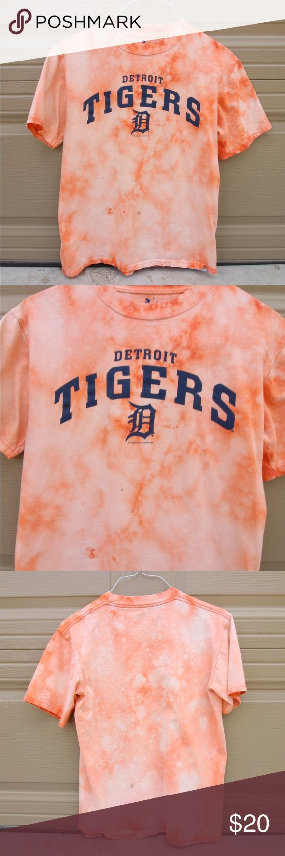 Vintage Bleach Dyed DETROIT TIGERS shirt DETROIT TIGERS t shirt bleach dyed by me. Men's size medium. Listed in the women's because loose vintage shirts are popular! NOTE** THIS ITEM IS NOT ADIDAS. I JUST PUT THAT FOR THE LISTING. adidas Tops Tees - Short Sleeve