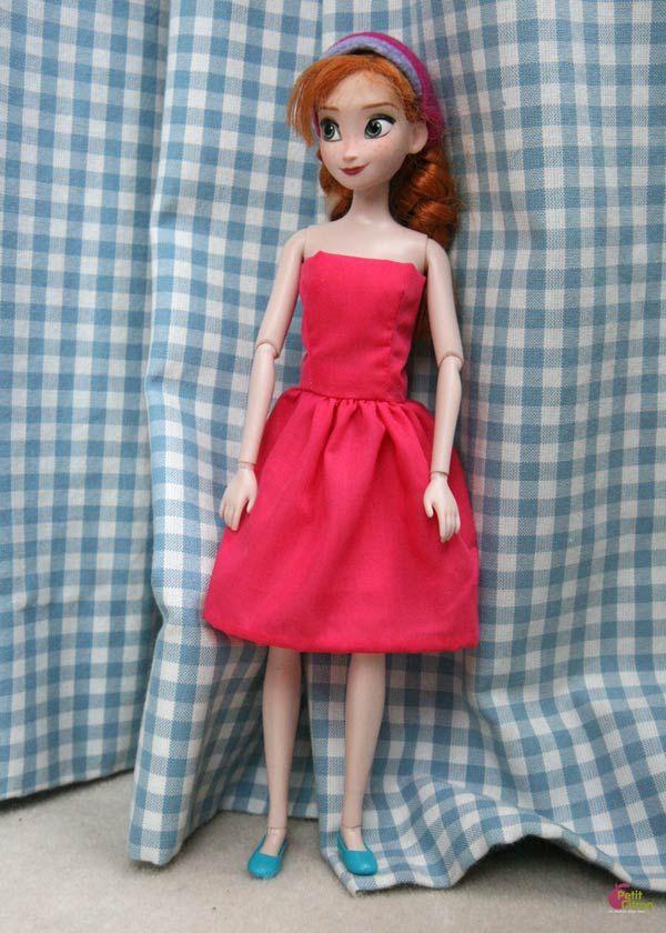 Ma petite dernière commence à jouer aux poupées Barbie et autres poupées mannequin. Elle aime …