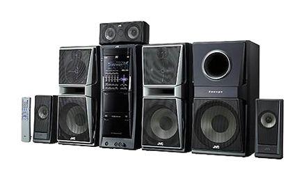 """JVC DX-T77 Stereo mahdollistaa """"kaksi kärpästä yhdellä iskulla"""" - ja kuunnella musiikkia, ja katsella elokuvia"""