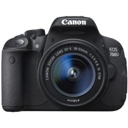Canon EOS 700D with 18-55mm IS STM @ R7999