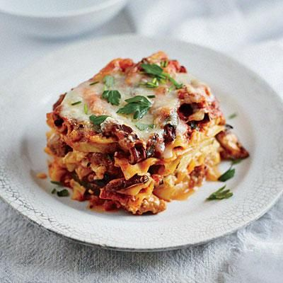 Slow Cooker Sausage and Squash Lasagna   Cookinglight.com