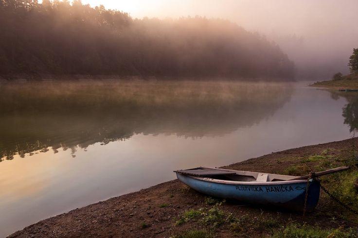 Lonely boat by Michal Vávra on 500px
