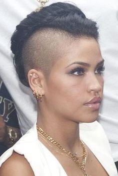 El peinado mohicano para mujeres y hombres | Los Peinados