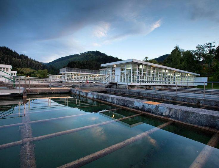 La ETAP de Sollano fue la primera potabilizadora construida en Bizkaia para suministrar agua potable a Bilbao (España).  Sollano DWTP was the first drinking water treatment plant built in Biscay, Spain, back in 1962.