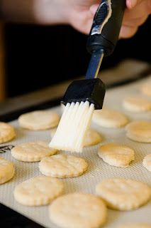 Homemade Ritz Crackers Recipe | Cupcake Project