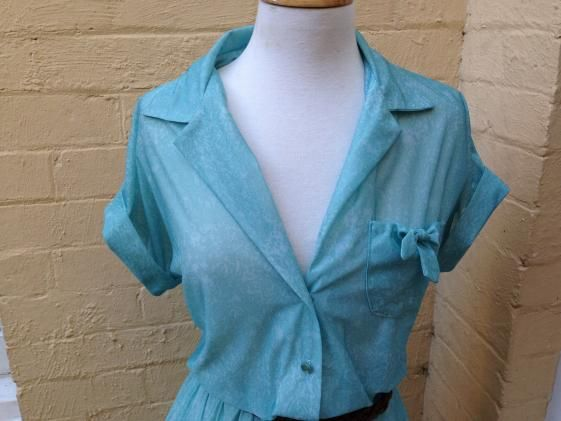 Round She Goes - Market Place - 70's Aqua Print dress, size 14/16
