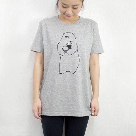 「ハンバーガー屋さんで短期バイト中のクマさん」Tシャツ (グレー)