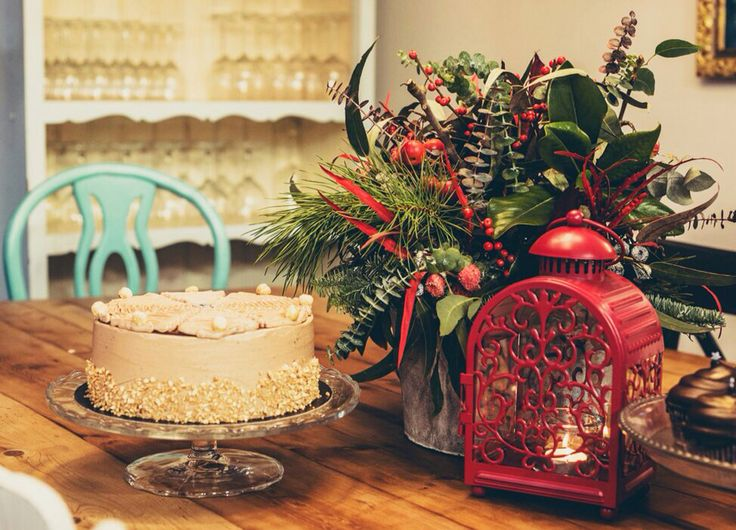 Christmas certerpiece and cake. Flowerme Barcelona.