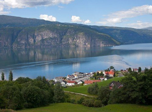 See the beautiful Nordfjord in Norway - Sixth largest fjord