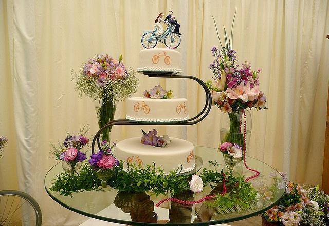 Casamento de Bicicleta / Bike Wedding by Bolos Supimpa, via Flickr