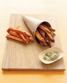 "A healthy redo of french fries, this  popular ""vegetable"" curbs the fat and salt but keeps the crunch.: Sweet Potatoes Recipes, Sweet Potatoes Fries, Eggs White, Veggies Snacks, French Fries, Baking Sweet Potatoes, Baking Fries, Healthy Sweet, Sweetpotato Fries"