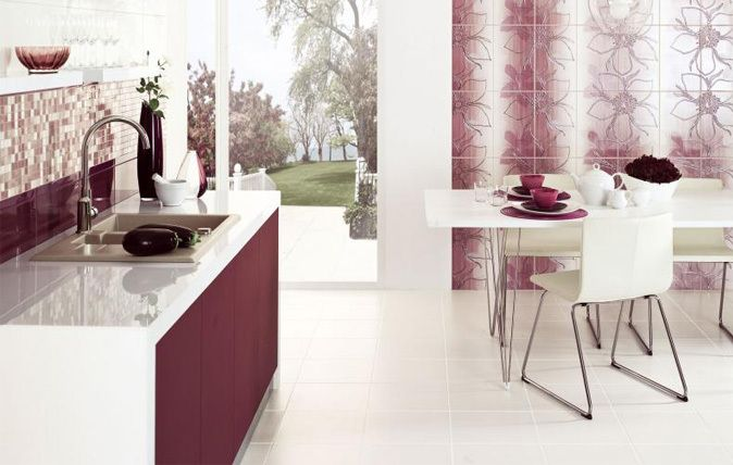 Mozaika i ozdoby kwiatowe na ścianach w kuchni.  Paradyż, kuchnia, płytki, http://www.paradyz.com/plytki/kuchenne/ambrozja-vivido-1 https://www.facebook.com/CeramikaParadyz
