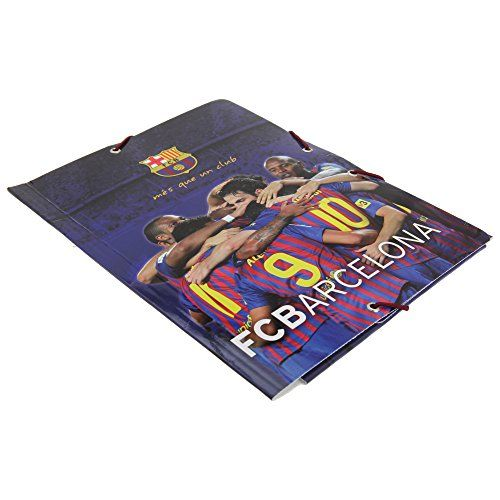 FC Barcelona Official A5 Football File Folder  A5 file folder with FC Barcelona branding.  The front cover features players and the FCB club crest.  The back cover features players alongside their signatures and the FCB crest.  Perfect for storing all your important papers.  The FC Barcelona A5 File Folder is an official product manufactured under license for FC Barcelona.