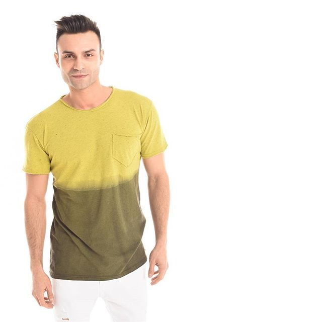 #SundayFunday  T-shirt bicolor con fantasia #DIY    Buon weekend da #GianVargian