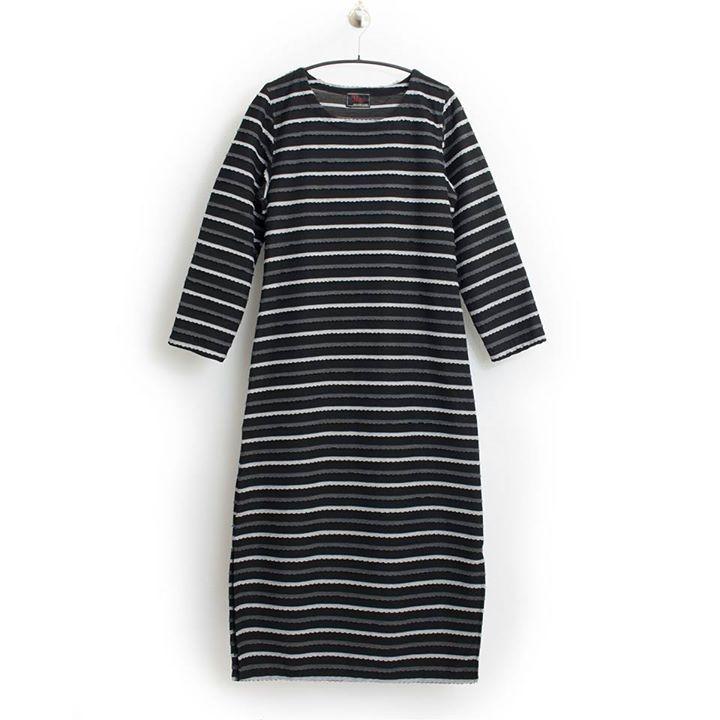 Basic #lagenlook Viskose-Kleid von Prisa Streifen  Große Größe 36-42  10990 (Inkl. MwSt. & Versand) --- JETZT SHOPPEN  https://seelenlook.de --- #fashion #fashionlover #highfashion #style #stylish #mode #outfit #womanstyle #plussize #plussizefashion #boho #bohostyle #bohochic