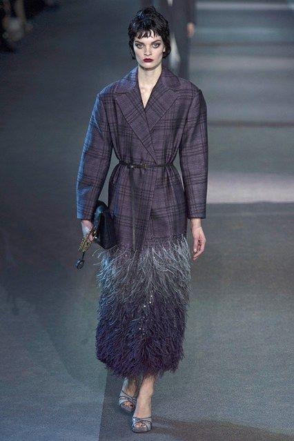 Louis Vuitton - www.vogue.co.uk/fashion/autumn-winter-2013/ready-to-wear/louis-vuitton/full-length-photos/gallery/952383